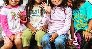 Apadrinando un niño cambias dos vidas