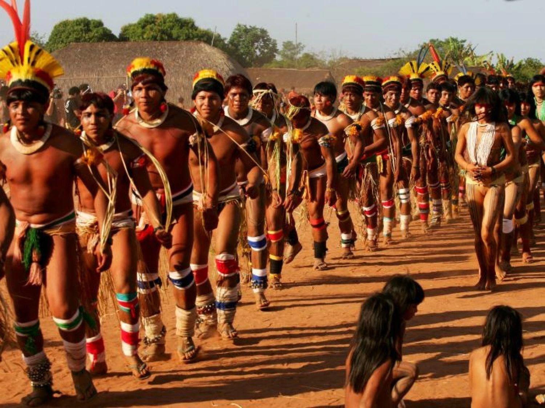 Resultado de imagem para índios brasileiros
