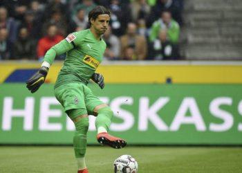 04.05.2019; Moenchengladbach; Fussball 1.Bundesliga - Borussia Moenchengladbach - TSG 1899 Hoffenheim; Torhueter Yann Sommer (Gladbach) (Hufnagel/Expa/freshfocus) --------------------------------------------------------------------- ACHTUNG REDAKTIONEN: KEINE ABONNEMENTS, ES GELTEN DIE PREISEMPFEHLUNGEN DES SAB - MANDATORY CREDIT, EDITORIAL USE ONLY, NO SALES, NO ARCHIVES ---------------------------------------------------------------------