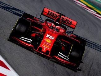 Charles Leclerc, pilotando el Ferrari SF90