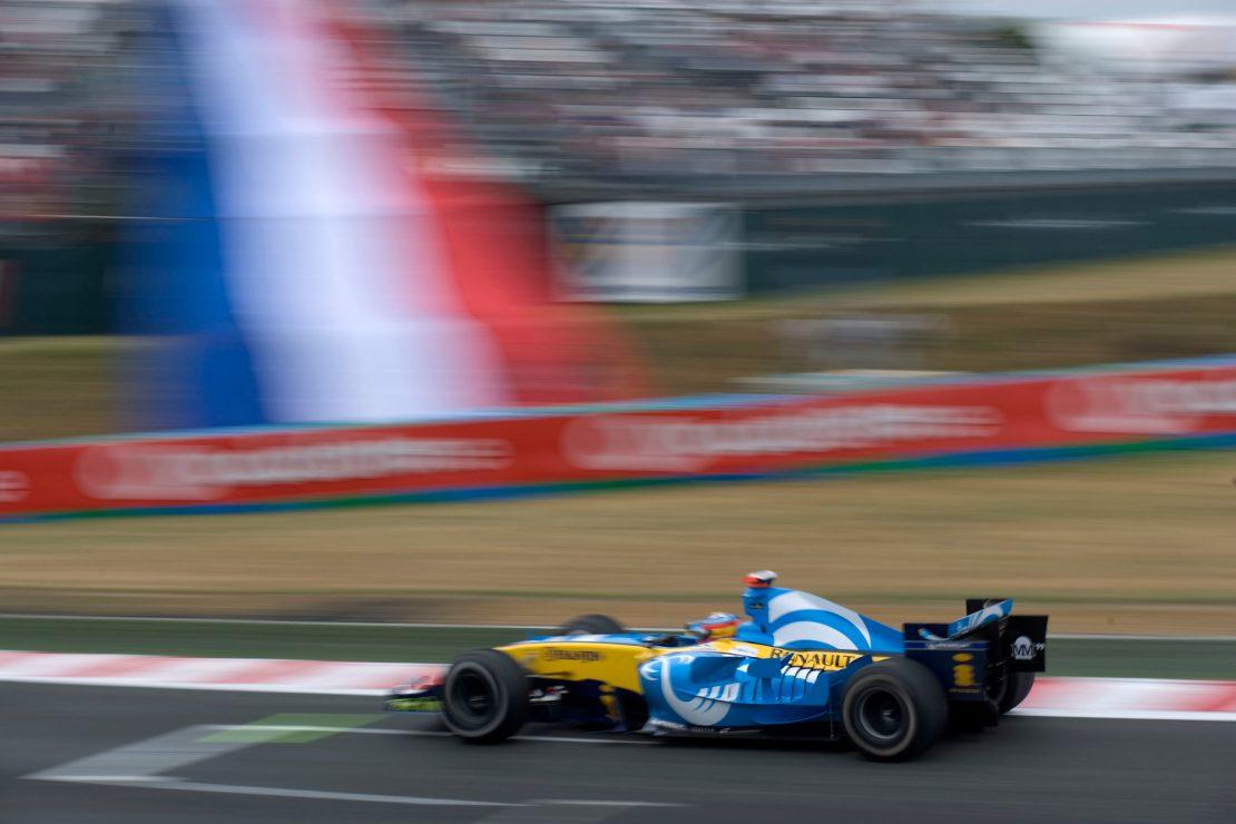 Alonso R25