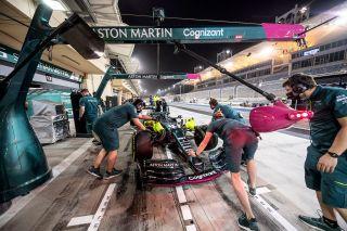 Tests F1 Bahrein AMR21