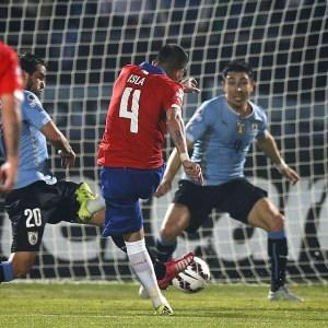 Isla le dio el pase a semifinales a Chile.