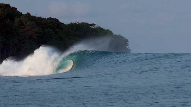 Todosurf-Kepa-Natxo-Indonesia