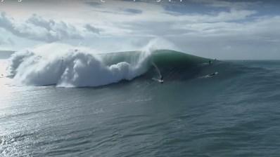 Surf Nazaré gigante sin motos de agua: Qué Locura!