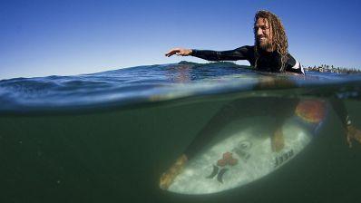 Descubriendo el surf secreto de Indonesia con Rob Machado