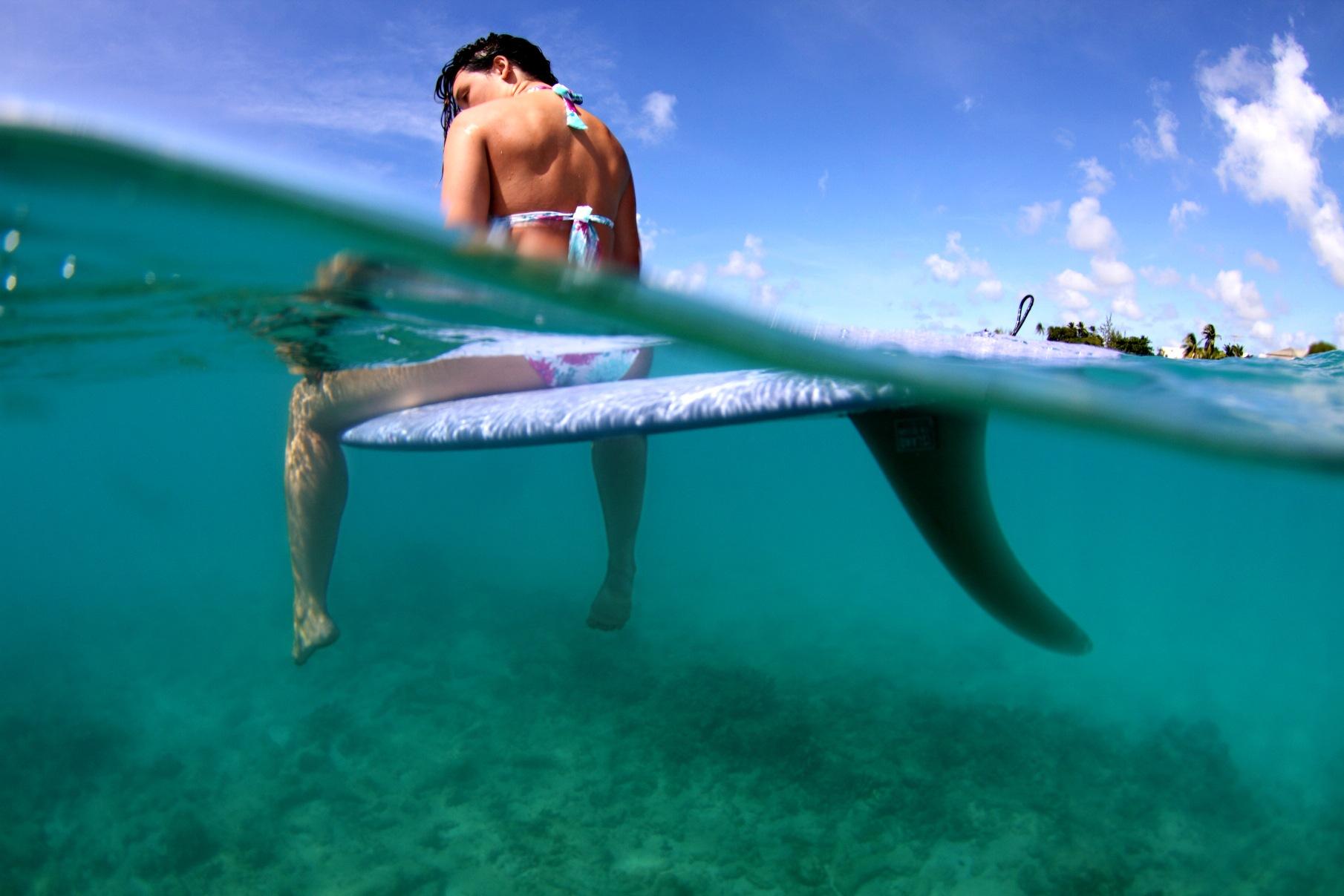 Cómo preparar un viaje de surf en solitario