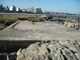 Cimientos en la Isla de las Gaviotas