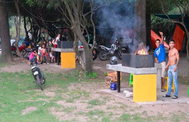 Parrilleros del Camping Treinta y Tres Orientales