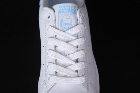 Adidas Stan Smith Blancas azul cielo 2