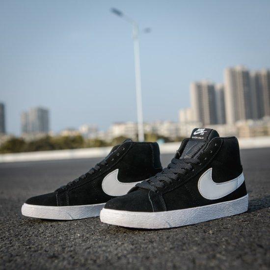Nike SB Zoom Blazer Mid Black 1