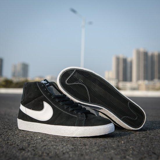 Nike SB Zoom Blazer Mid Black 2