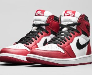 air jordan 1 retro high og varsity red 1