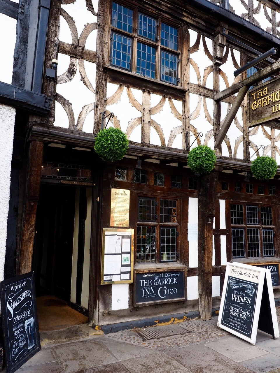Shakespeare in England