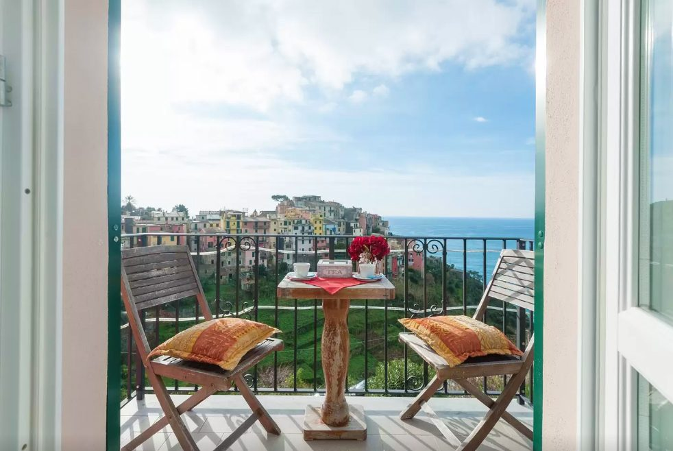 airbnbs in europe cinque terre italy