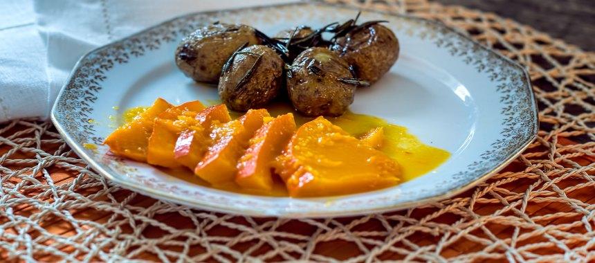 Kürbis mit Orange geschmort