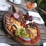 Sam van der sluijs togoodtobefood foodblog gefileerd tapas hapjesplanken borrelplankje