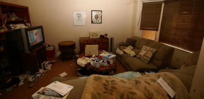 bro_living_room