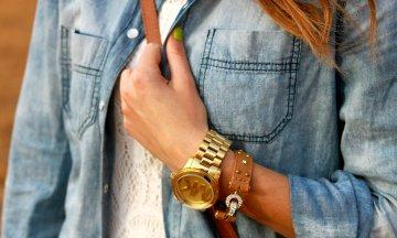 7+1 everyday stylish εμφανίσεις με ρούχα που έχεις σίγουρα στη ντουλάπα σου