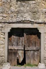 Izlet na Kras - detajl vrat, vas Zazid, Kraški rob
