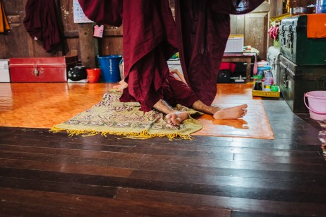 Speči menih, vas Dala, Jangon, Mjanmar