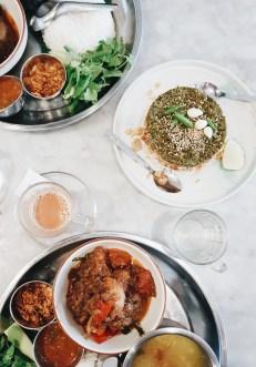 Mjanmarska kulinarika, curry in olata iz fermentiranih čajevih listov