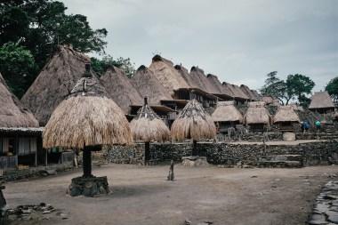 Vas Bena v bližini Bajawe, Flores, Indonezija