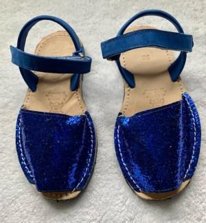av008_blue_glitter