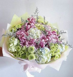 Hand Bouquet Murah di Tahuna