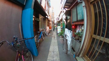 Back alley street : 360 degrees