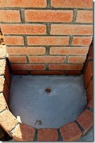 煉瓦積み外水道水受け