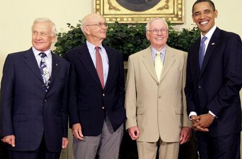 Obama honors first men to land on moon - The Blade