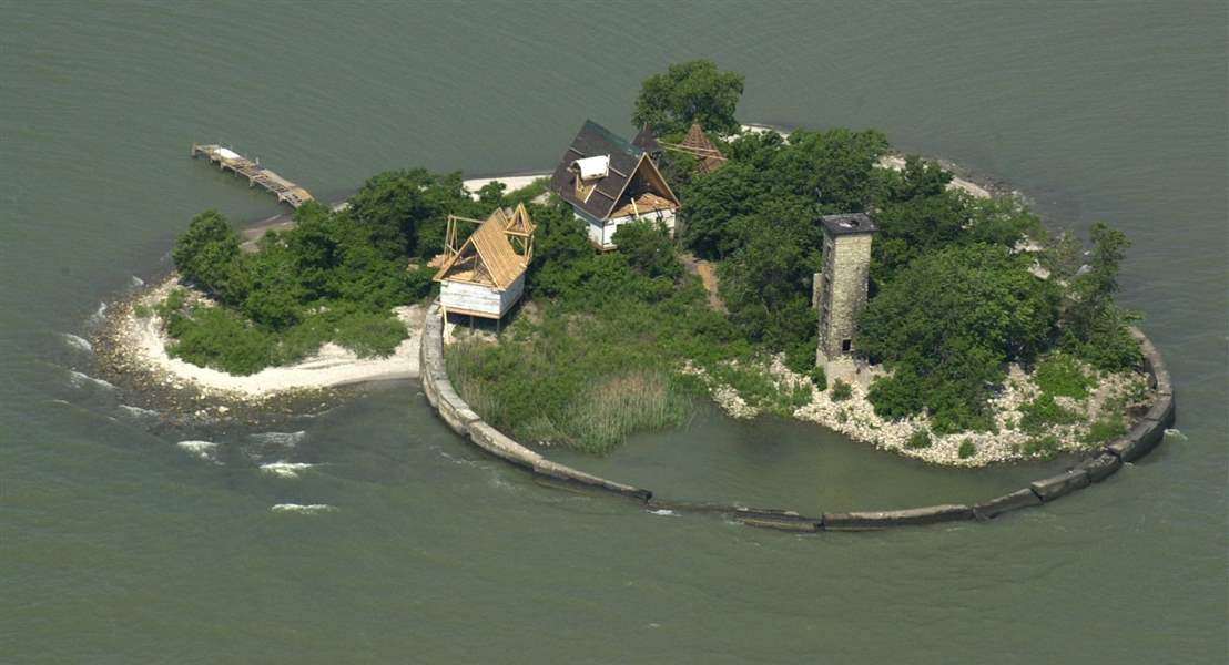 Historic Lake Erie Lighthouse In Danger From Years Of
