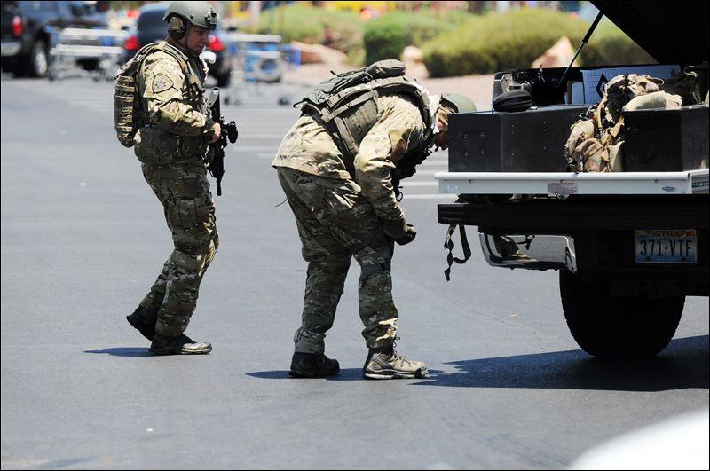 2 Officers 3 Others Dead In Las Vegas Shooting Toledo Blade