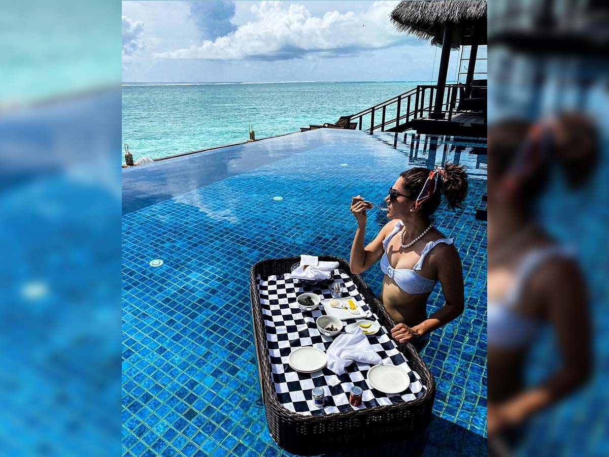 Pic Talk: Taapsee relaxes at Maldives poolside in a bikini