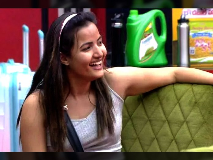 Bigg Boss 5 Telugu : Siri is the first caption of the house