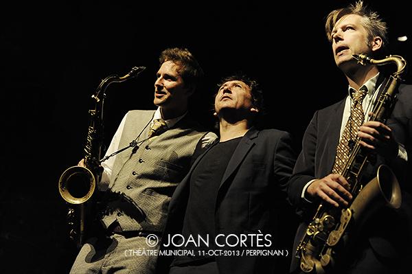 05_VINCENT COURTOIS -MEDIUMS-(©Joan Cortès)_11oct13_25Jazzèbre_TMunicipal_Perpinyà