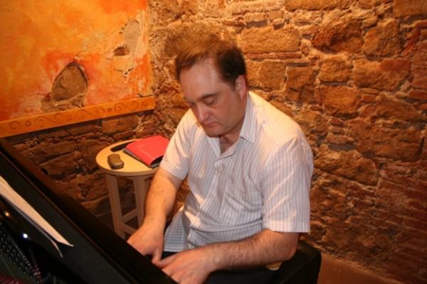 Mauro Urriza  © Terela Gradín y Luis Giménez, 2009