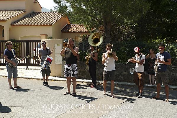 04_LE GROS TUBE(u00A9Joan Cortu00E8s)_09ago14_Jardin de  Jodi_Villelongue-dels-Monts