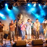 Al habla con Ion Celestino: la Broken Brothers Brass Band está en la casa. Por Pachi Tapiz