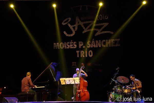 011-moises-p-sanchez-trio