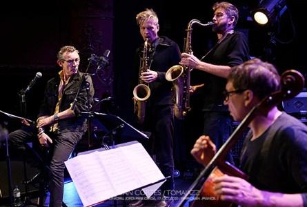 """INSTANTZZ: Vincent Courtois """"Oakland"""" (32ème Festival Jazzèbre / Teatre Municipal Jordi Pere Cerdà, Perpignan -France-.  2020-10-17) [Galería fotográfica AKA Fotoblog de jazz, impro… y algo más] Por Joan Cortès"""