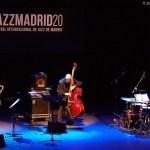 """Juan Saiz – Baldo Martínez – Lucía Martínez """"Frágil Gigante"""" (Festival Internacional de Jazz de Madrid, Centro Cultural Fernán Gómez, Madrid. 2020-11-15) [Concierto de jazz] Por Enrique Farelo y Carlos Lara"""
