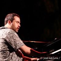 INSTANTZZ: Giovanni Guidi (Especial 27º Mallorca jazz Sa Pobla I/V) [Galería fotográfica AKA Fotoblog de jazz, impro… y algo más] Por José Luis Luna Rocafort