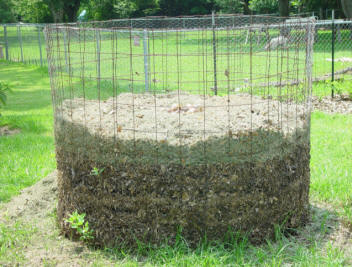 Heres a stellar compost setup.  Easy to maintain in your backyard, somewhere out of sight (perhaps behind a screen of native grasses!).