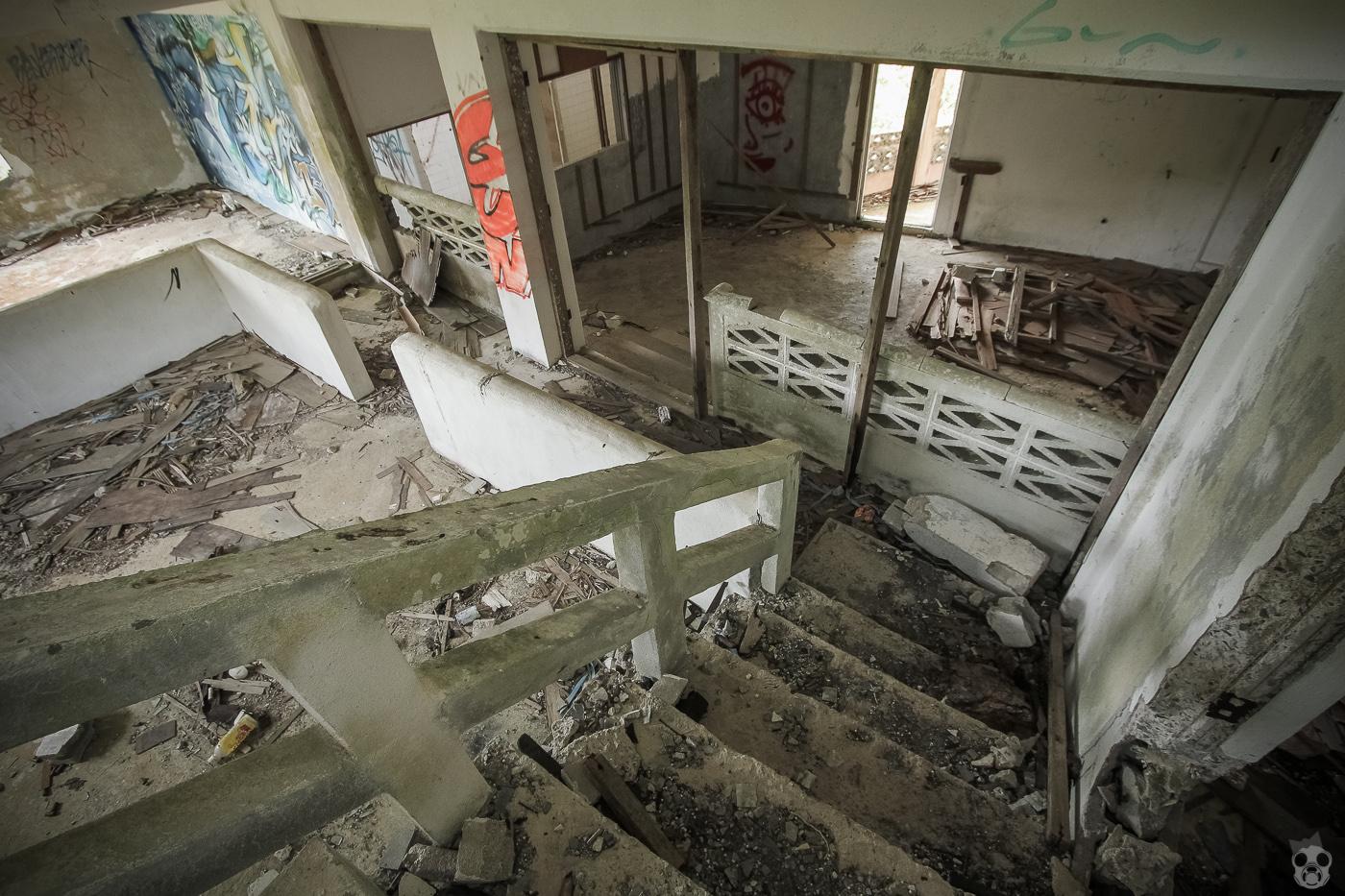 abandoned_castle26