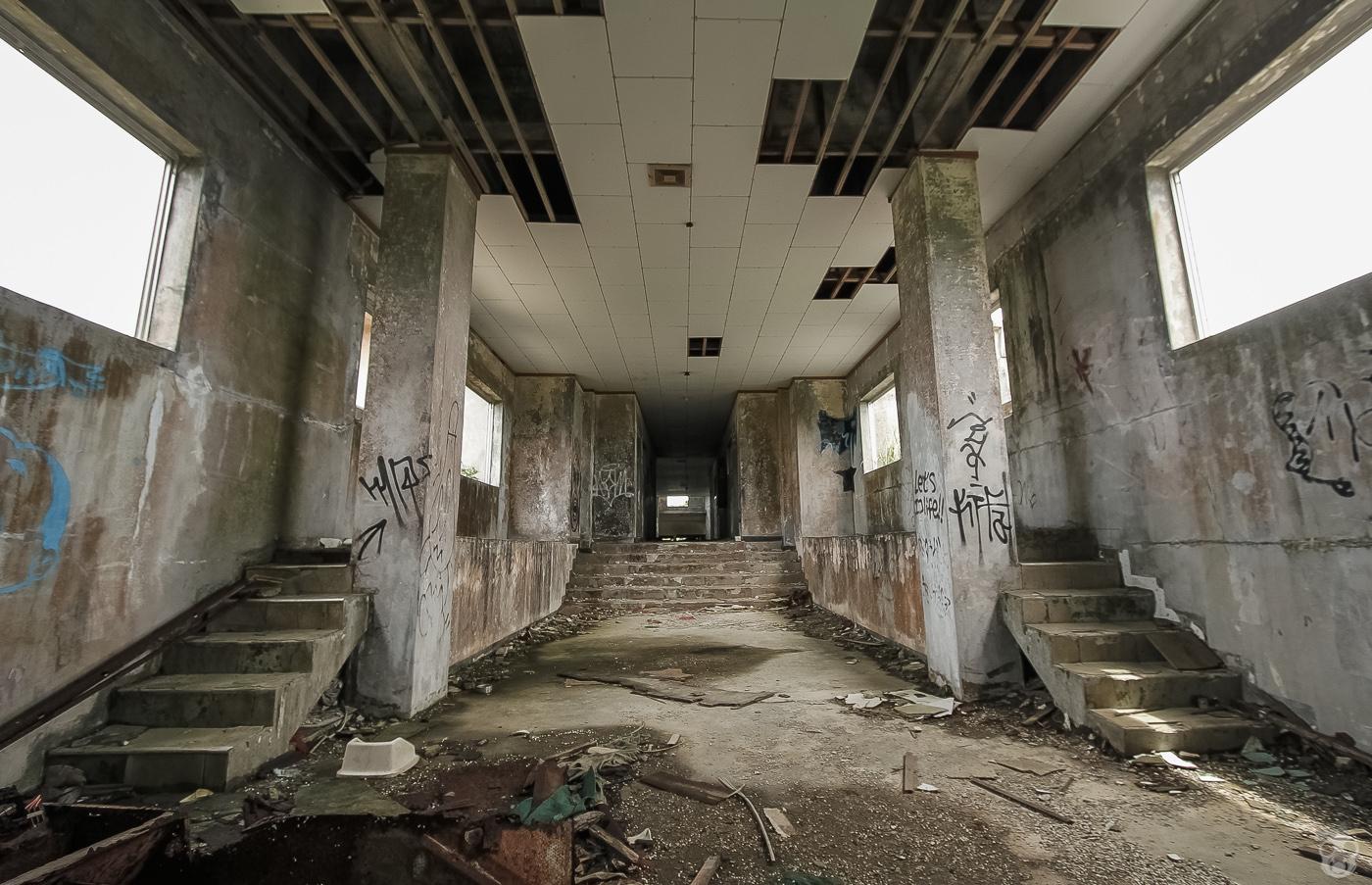 abandoned_castle31