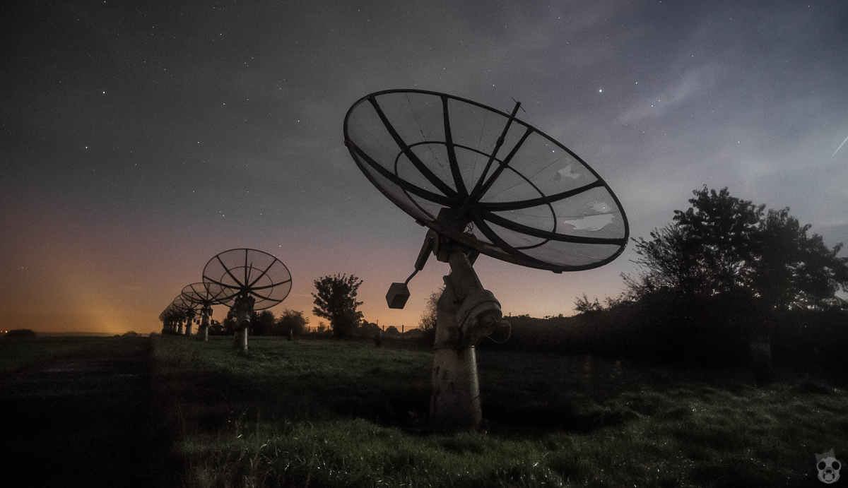 ET Phone Home Abandoned Radio Telescope 電波望遠鏡の廃墟