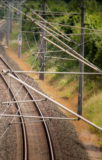 bovenleidingen van een trein