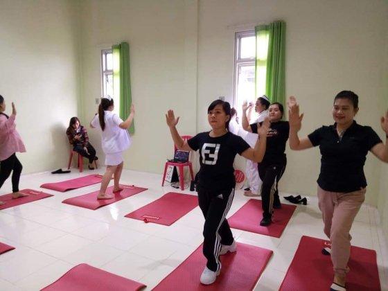 Senam Ibu Hamil GRATIS, RSUD Anugerah Tomohon